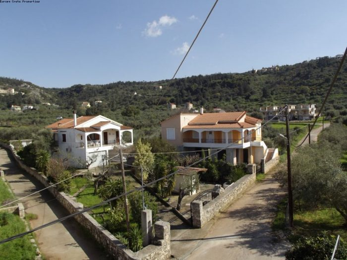 For sale two residences in natural environment in Apokoronas