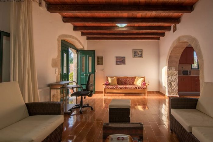 Traditional house for summer rent in Gavolochori