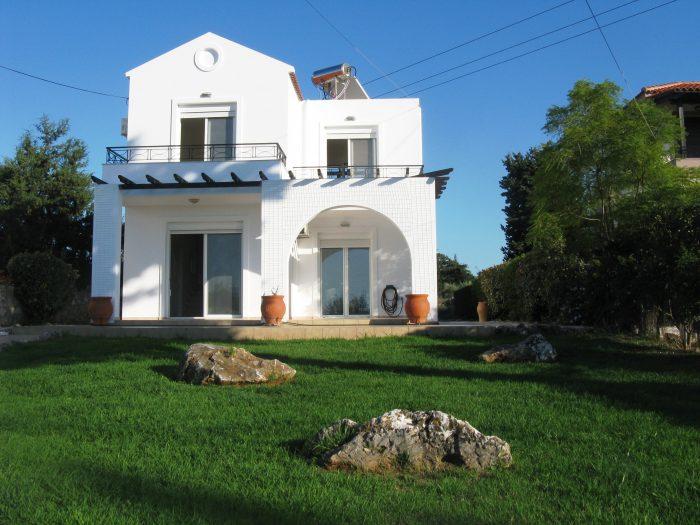 Detached house with views in Xirosterni, Apokoronas