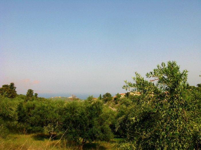 Πωλείται οικόπεδο με θέα στη θάλασσα στον Τσιβαρά Αποκορώνου