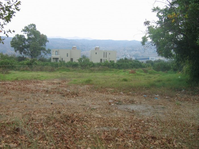 Plot for rent close to Chania center