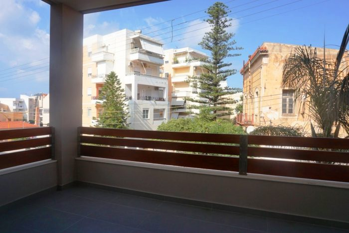 Modern first floor apartment in Chalepa