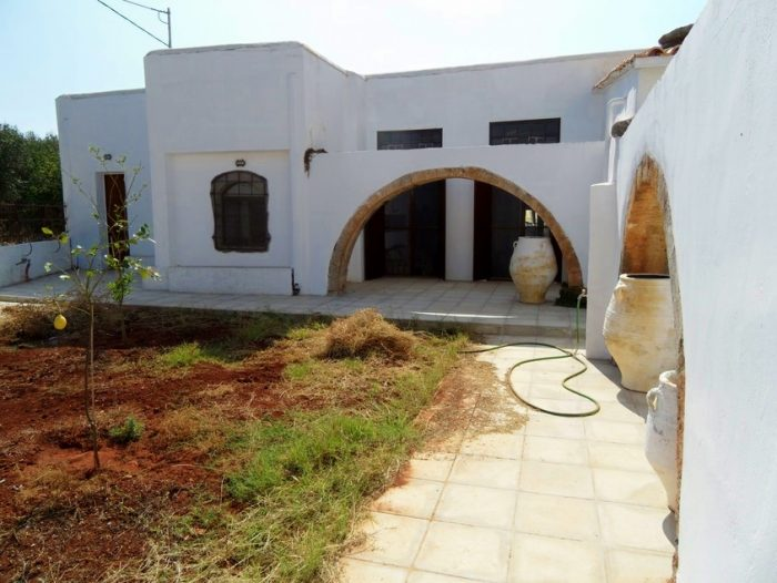 Traditional Venetian house in Akrotiri