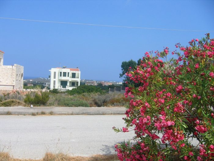 A plot of land in Akrotiri with nice views