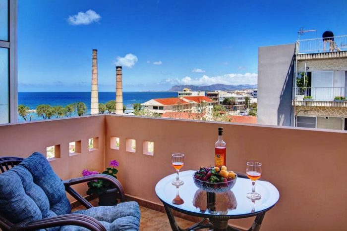 One-bedroom apartment with sea view in Nea Chora