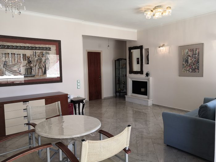 Second floor apartment in Nea Chora