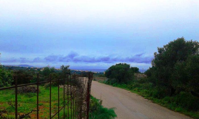 Plot in a quiet area in Aroni, Akrotiri