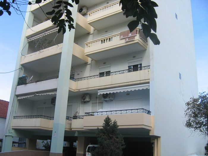 Διαμέρισμα 2 υπνοδωματίων κοντά στα Δικαστήρια στα Χανιά